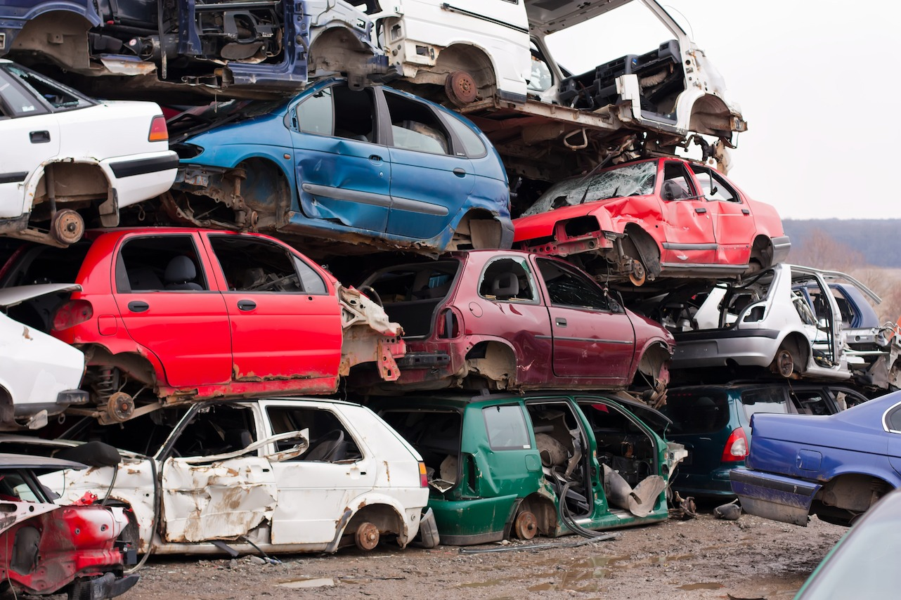 Local Junk Car Buyers Near You Get Cash For Cars At A Local Junk Yard