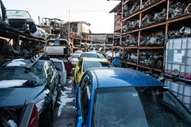 Scrap Car Buyers >> Car Junk Yards Near Me - Find Local Auto Scrap Car Buyers in Your Area